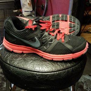 Nike Relentless 2 511914-003 Mens Size 8.5 Running
